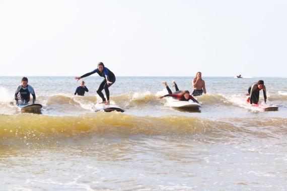 Lakens_Leer surfen in Bloemendaal.jpg