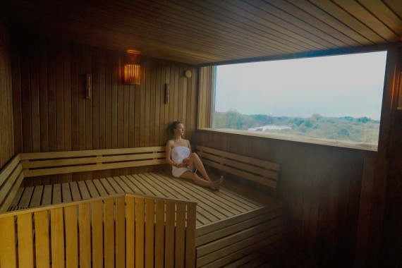 camping de lakens sauna uitzicht wellness