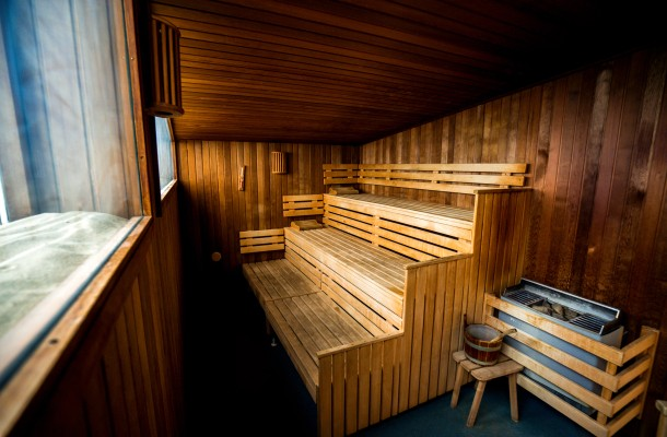 Camping_Lakens_sauna_enjoy_luxe_camp_accomodations