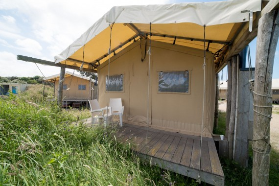 Lakens_beachlodge_terras_tent