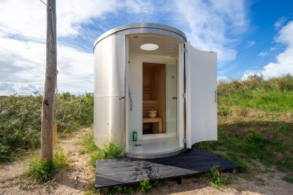 Airstream_Lakens_accommodation_private_sauna_glamping